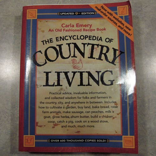 Encyclopedia of Country Living Review - Homesteading DIY, How-to's, recipes, tips, stories - everything you need to get started being more self-sufficient.