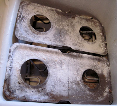 cleaning stove parts