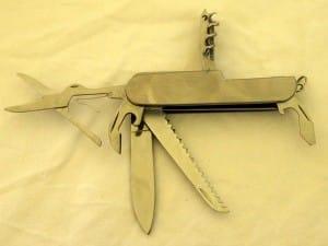 survival-knife- multi-tool