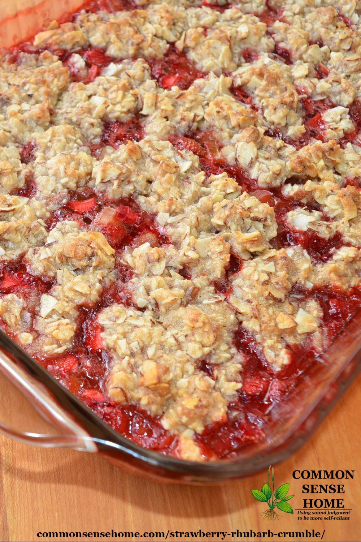 Strawberry rhubarb crumble in pan