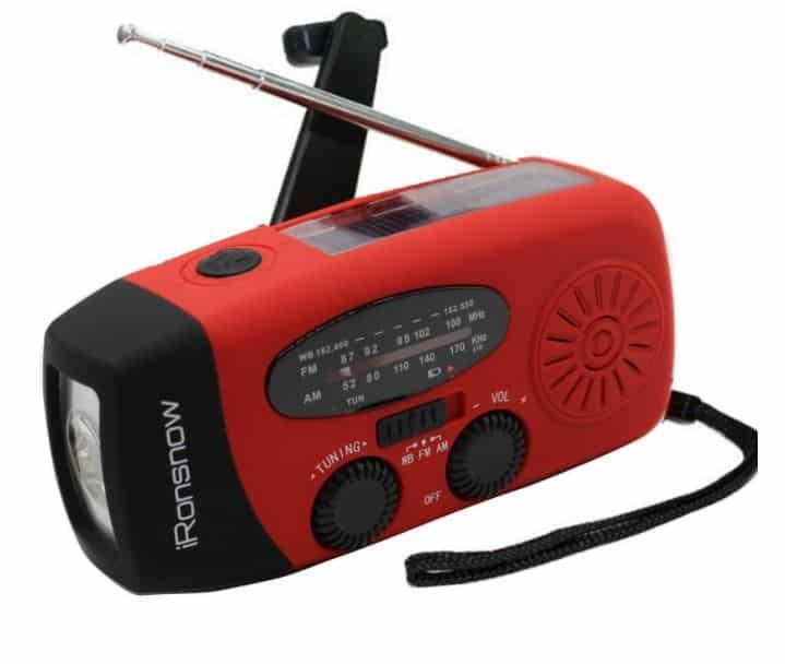 ironsnow crank and Solar AM/FM Radio with USB