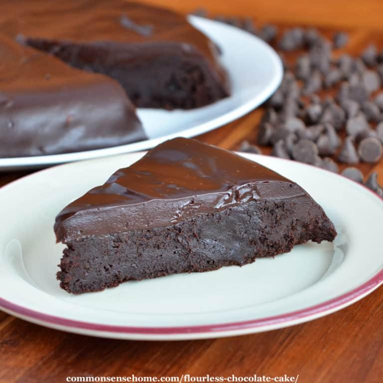 Flourless Chocolate Cake with Chocolate Ganache (Gluten Free)
