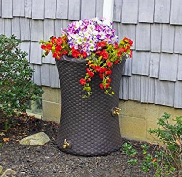 Decorative rain barrel
