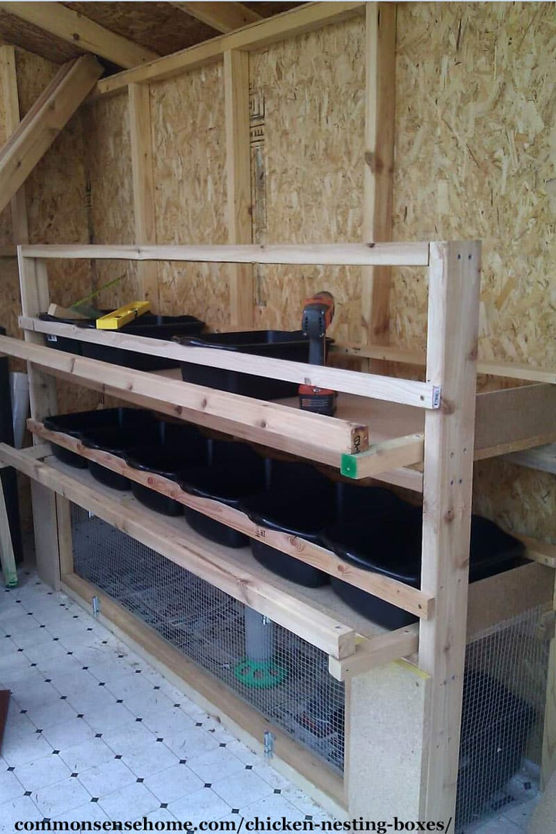 Bins for nesting boxes